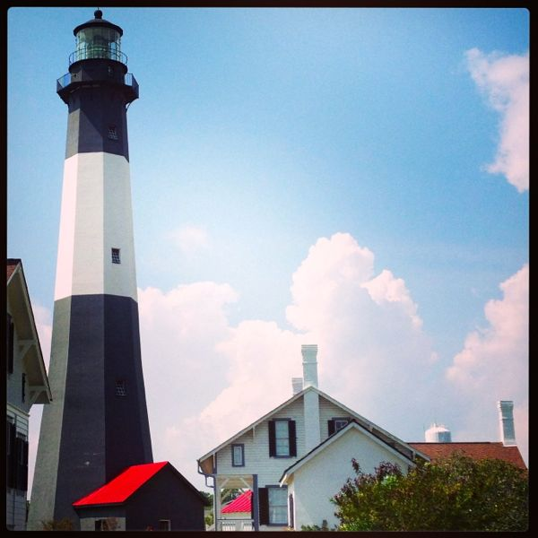 lighthouse_blue_skies