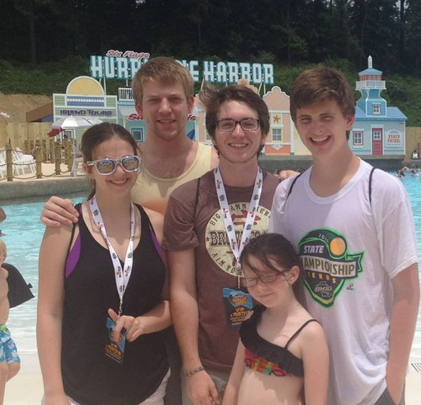 family at hurricane harbor