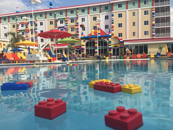 Five things to love about the legoland hotel on stress free baby for Hotels near legoland with swimming pool