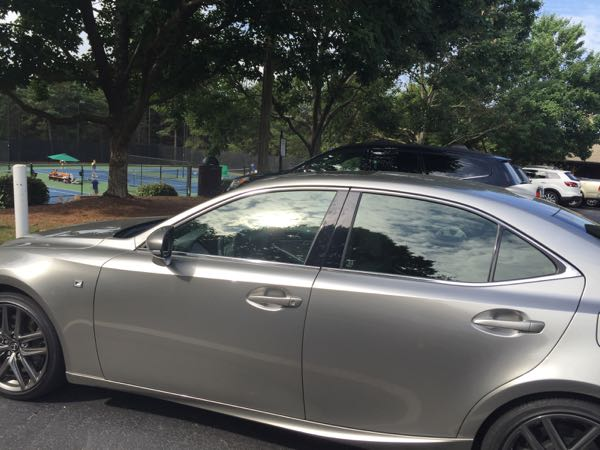 Lexus IS 350 at tennis courts
