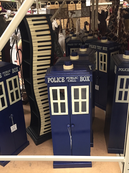 Dr. Who Police Box, piano cd holder