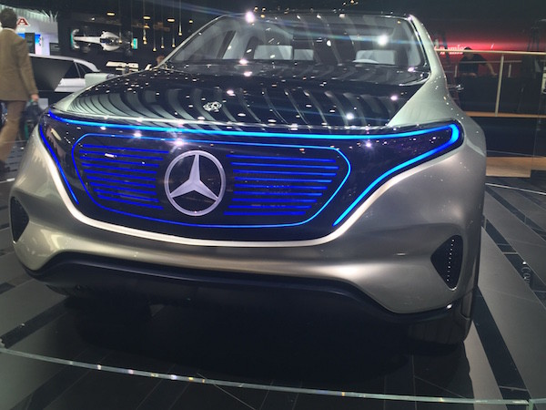 mercedes electric grill